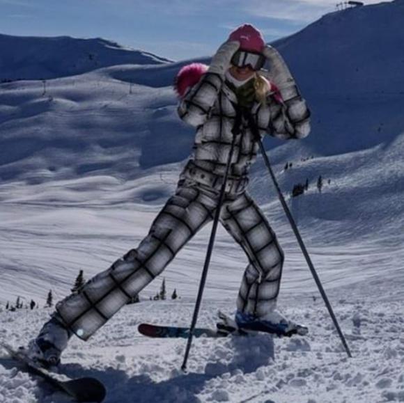 928641c58 rare Roxy one piece plaid hooded ski suit snowsuit.  M_5c3daecff63eea0bdcfb3696